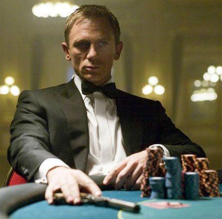 Кто играл бонда в казино как играть в карты миньоны 3