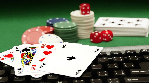 Some Reasons Why People Are Admiring Online Gambling More Than Real Gambling.